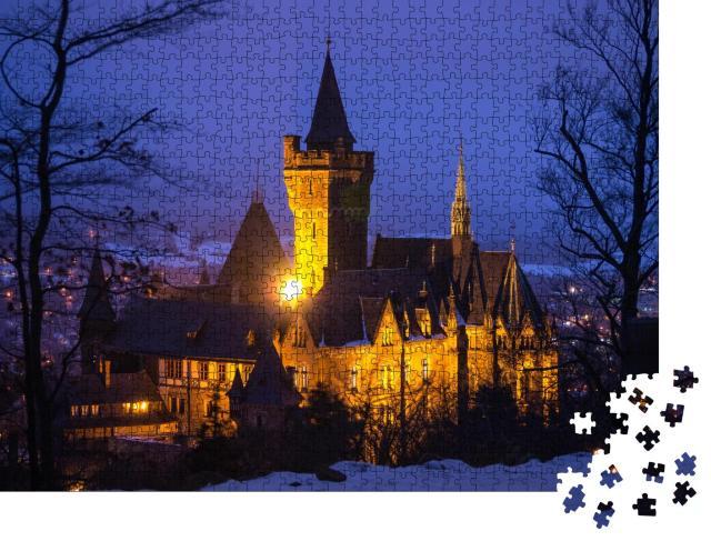 """Puzzle 1000 Teile """"Schloss Wernigerode bei Einbruch der Dunkelheit, Harz, Deutschland"""""""