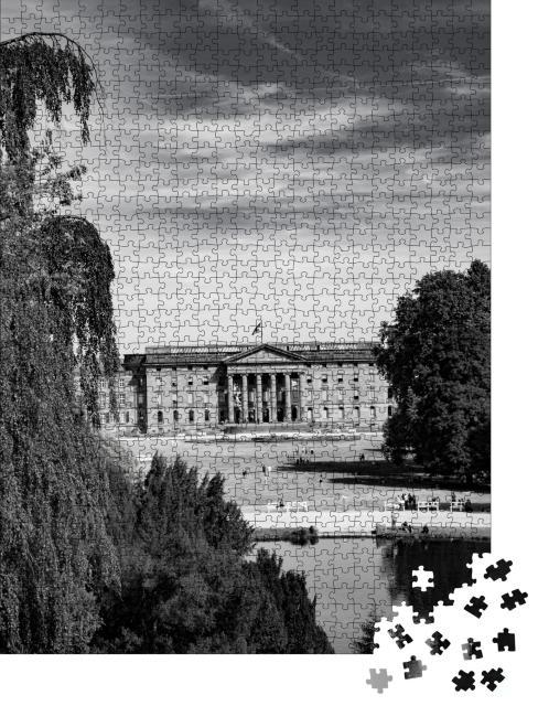 """Puzzle 1000 Teile """"Impression des Bergparks in Kassel, schwarz-weiß"""""""