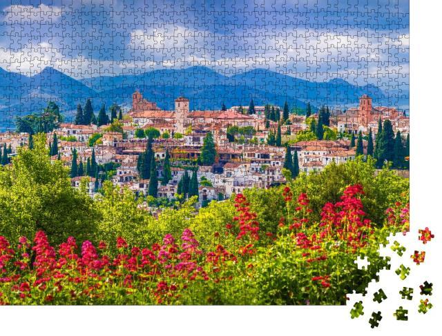 """Puzzle 1000 Teile """"Blick auf den mittelalterlichen Stadtteil Albaicin in Granada, Spanien"""""""