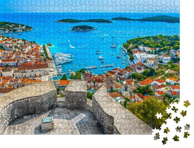 """Puzzle 1000 Teile """"Luftaufnahme am Archipel vor der Stadt Hvar, Kroatien"""""""