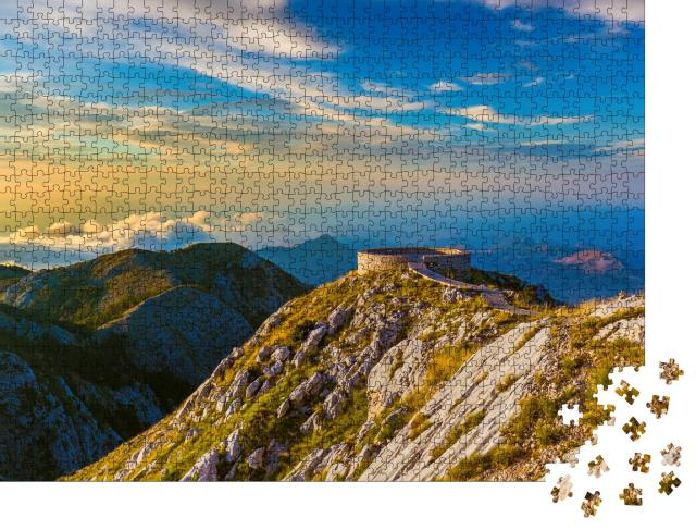 """Puzzle 1000 Teile """"Lovcen Mountains National Park in Montenegro bei Sonnenuntergang """""""