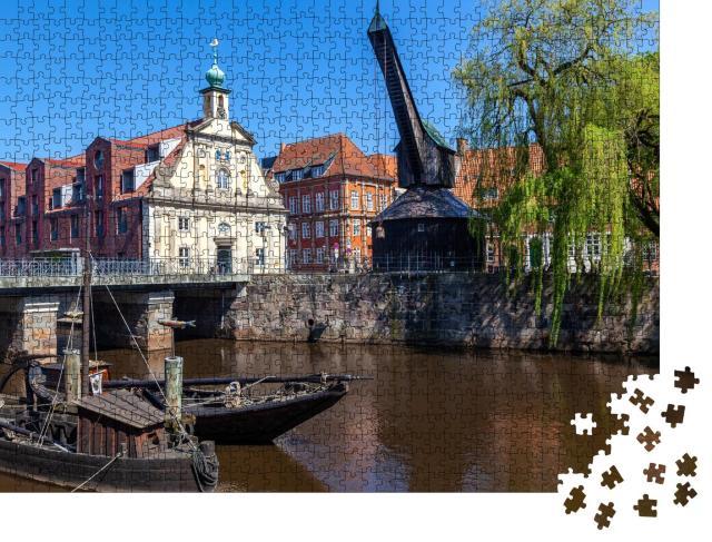 """Puzzle 1000 Teile """"Alter Kran auf dem Stintmarkt, Lüneburg, Niedersachen, Deutschland"""""""
