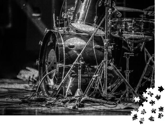 """Puzzle 1000 Teile """"Nahaufnahme eines Schlagzeugs, schwarz-weiß"""""""