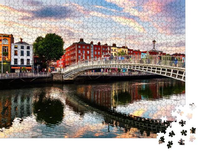 "Puzzle 1000 Teile ""Wunderschöner Sonnenuntergang an der Ha'penny Bridge, Dublin, Irland"""