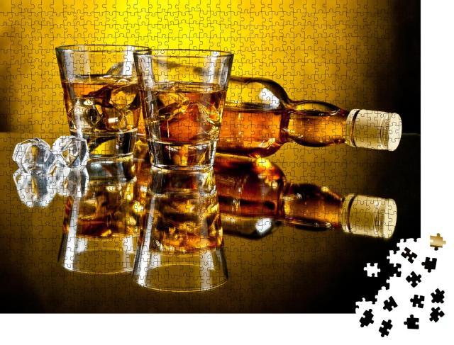 """Puzzle 1000 Teile """"Eine Flasche Whiskey und zwei Whiskeys on the rocks"""""""