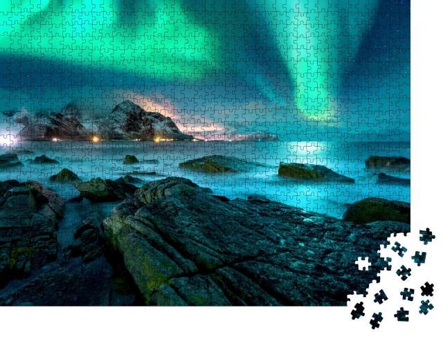 """Puzzle 1000 Teile """"Polarlicht über den schneebedeckten Inseln der Lofoten"""""""