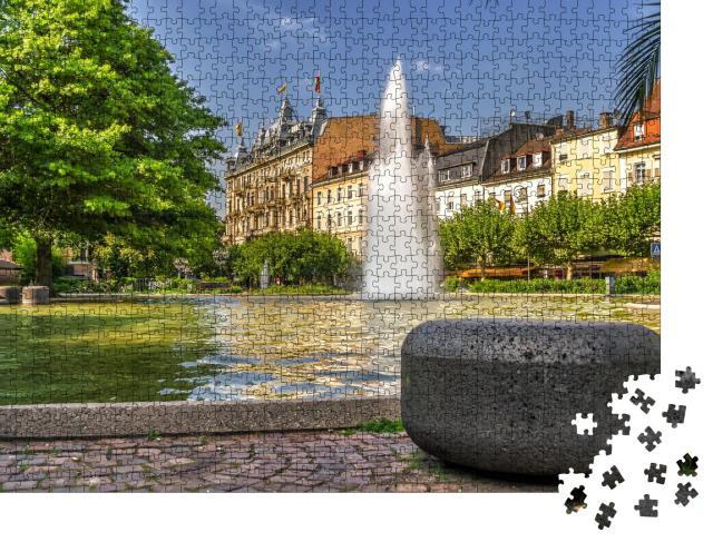 """Puzzle 1000 Teile """"Der zentrale Stadtbrunnen in Baden-Baden, Deutschland"""""""