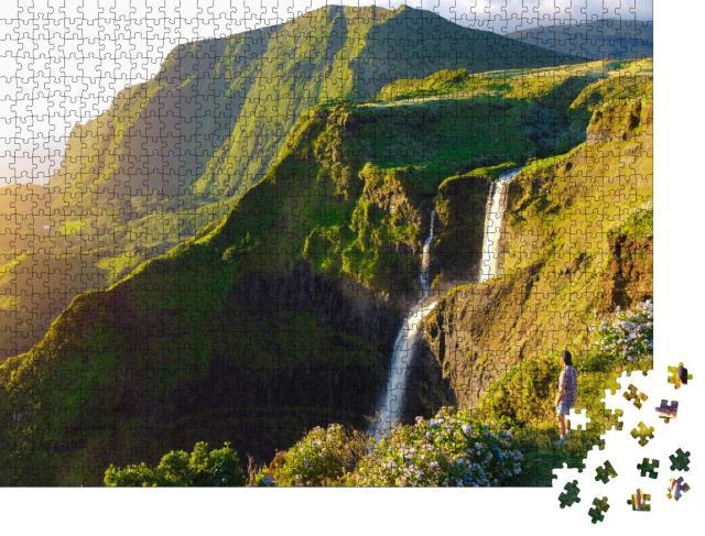 """Puzzle 1000 Teile """"Paradiesischer Blick über die Insel Flores, Azoren, Portugal"""""""