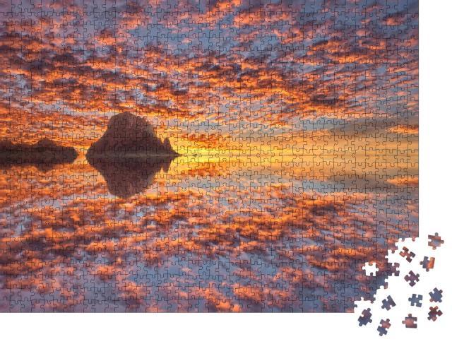 """Puzzle 1000 Teile """"Mystische Insel Es Vedra von Ibiza bei Sonnenuntergang, Spanien"""""""