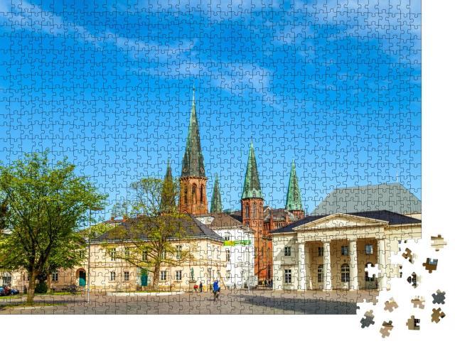 """Puzzle 1000 Teile """"Schloss und Kirche von Oldenburg, Niedersachsen, Deutschland"""""""