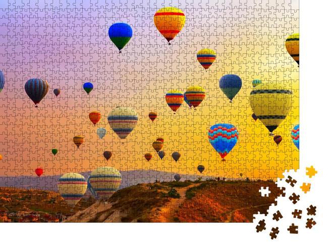"Puzzle 1000 Teile ""Heißluftballons: Ballonfestival-Panorama"""