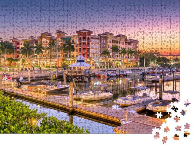 """Puzzle 1000 Teile """"Skyline auf dem Wasser am Morgen: Naples, Florida, USA"""""""