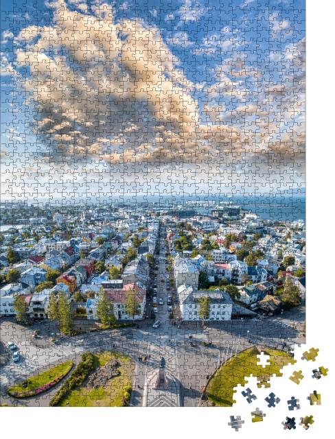 """Puzzle 1000 Teile """"Blick von der Hallgrimskirkja: Luftaufnahme von Reykjavik, Island """""""