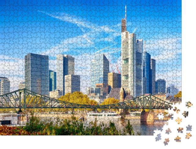 """Puzzle 1000 Teile """"Stadtbild von Frankfurt in Deutschland während eines sonnigen Tages"""""""