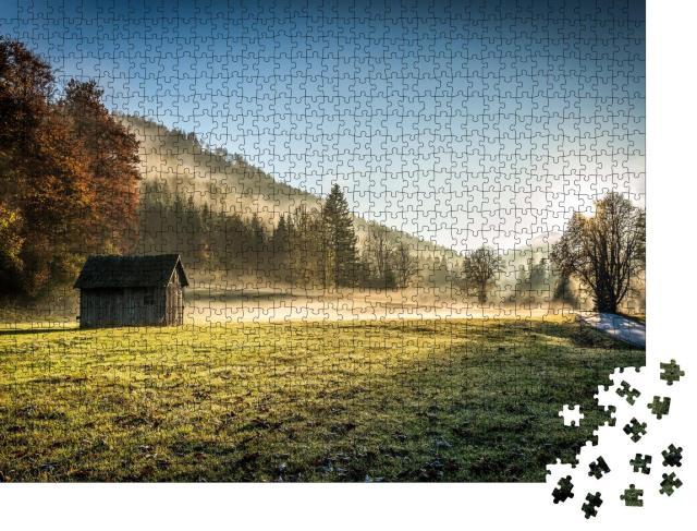 """Puzzle 1000 Teile """"Ein ruhiger Herbstmorgen im Bergwald"""""""
