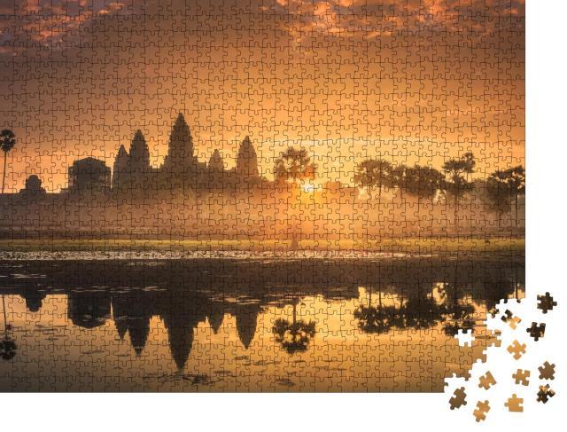 "Puzzle 1000 Teile ""Touristenattraktion Tempelkomplex Angkor Wat, See Siem Reap, Kambodscha"""