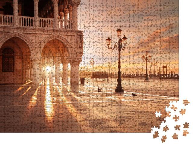 """Puzzle 1000 Teile """"San Marco in Venedig im Sonnenaufgang"""""""