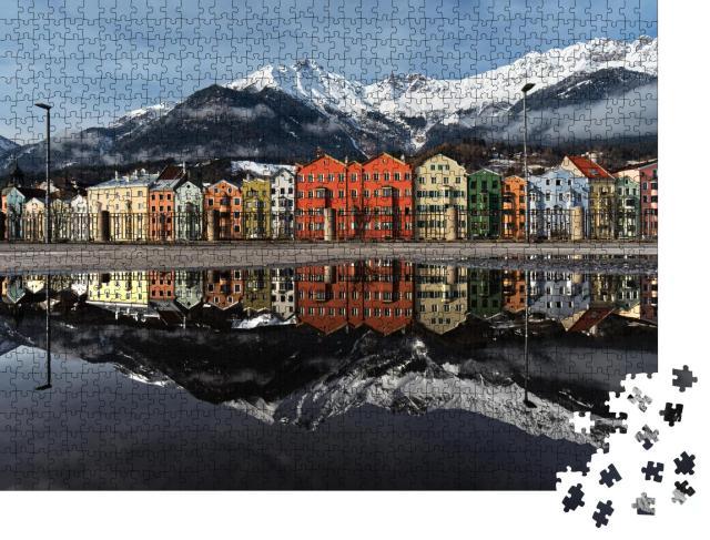 """Puzzle 1000 Teile """"Perfekte Wasserspiegelung der bunten Häuser von Innsbruck, Österreich"""""""