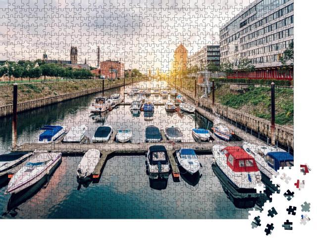 """Puzzle 1000 Teile """"Duisburg: Panorama mit Schiffen und modernen Gebäuden"""""""