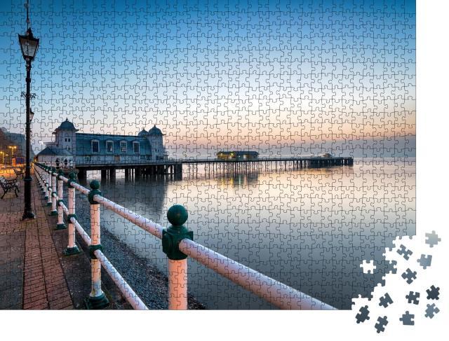 """Puzzle 1000 Teile """" Morgendämmerung am Penarth Pier bei Cardiff, Wales"""""""