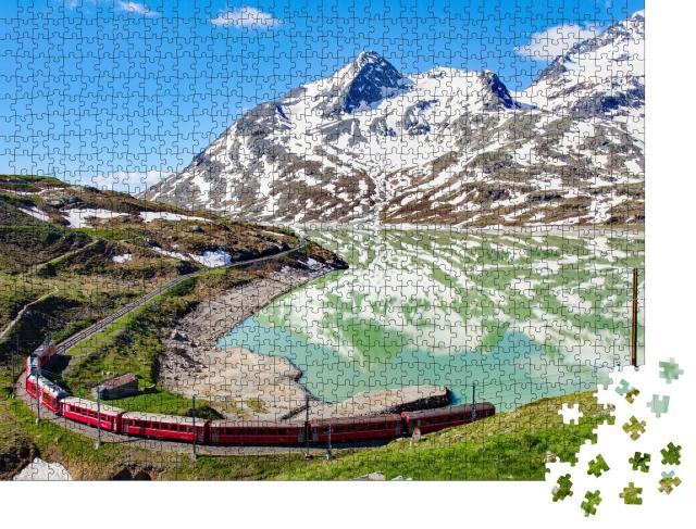 """Puzzle 1000 Teile """"Zug am wunderschönen Berninapass in der Schweiz"""""""