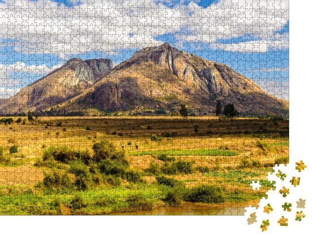 """Puzzle 1000 Teile """"Berg von Madagaskar, Afrika"""""""