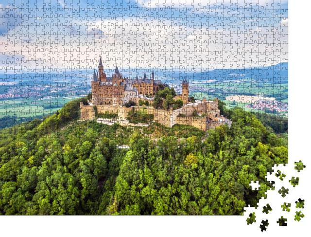 """Puzzle 1000 Teile """"Luftaufnahme der Burg Hohenzollern auf dem Berggipfel, nahe Stuttgart"""""""