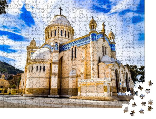 """Puzzle 1000 Teile """"Kathedrale Notre Dame d'Afrique in Algier, Algerien"""""""