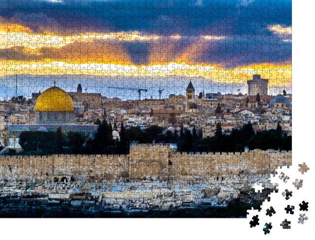"""Puzzle 1000 Teile """"Sonnenstrahlen über der Altstadt von Jerusalem"""""""