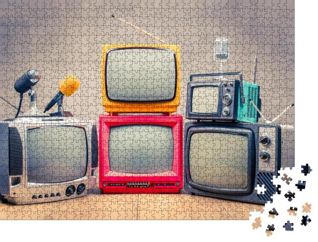 """Puzzle 1000 Teile """"Retro:TV-Empfänger und Mikrofone"""""""