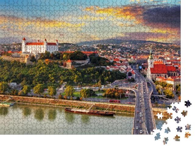"Puzzle 1000 Teile ""Bratislava im Sonnenuntergang, Slowakei"""
