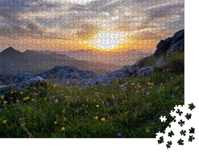 """Puzzle 1000 Teile """"Sonnenuntergang am Berg Taljanka zwischen Albanien und Montenegro"""""""